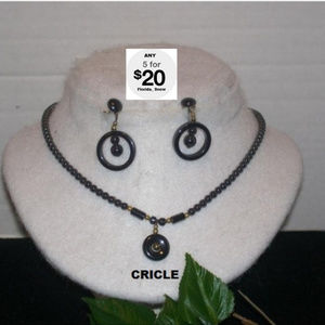 Jewelry - Circles Hematite Necklace & Earrings Set